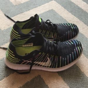 Nike flynit shoes